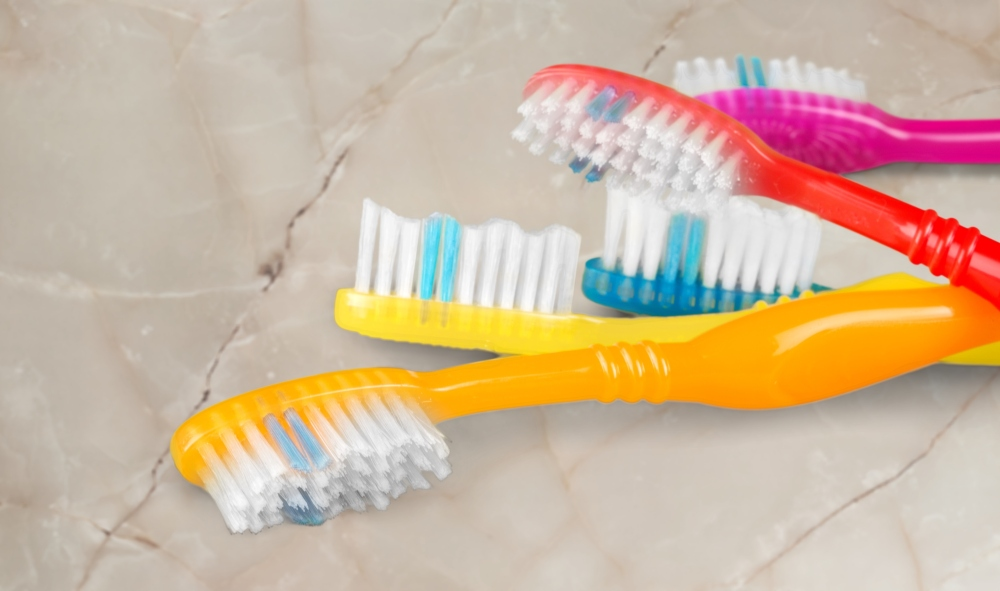 Branded tooth brushes promotional products